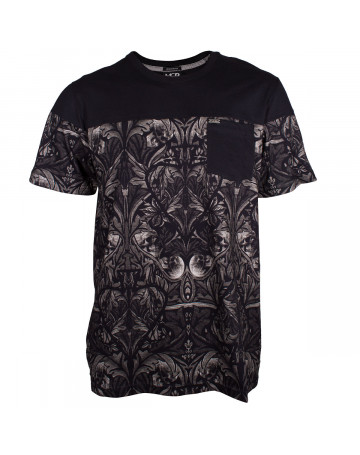 Camiseta MCD Tapestry - Preto  700fbfb3a26