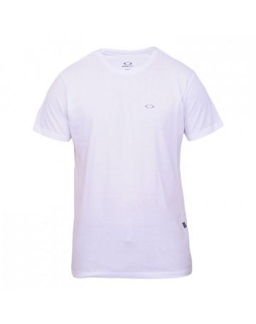 35165cff2acd5 Camiseta Oakley Essential - Branca